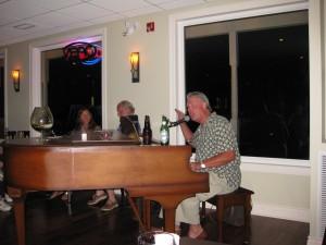 Frank at the piano at the Sortmans Inn - Killarney